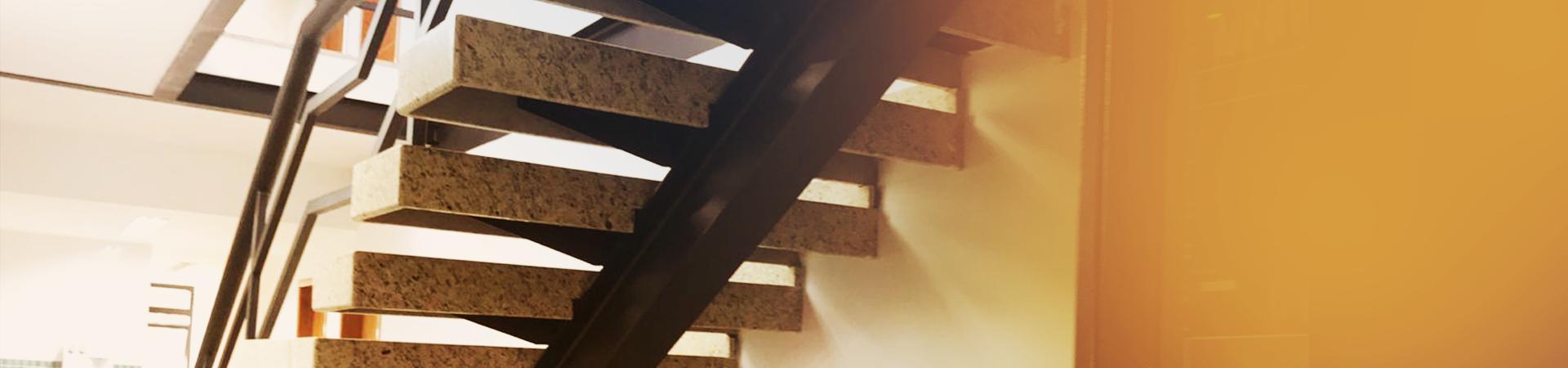 Escada, grades e gradis